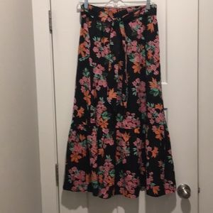 Floral Maxi Skirt ,size-0P, ruffle on bottom,Lined